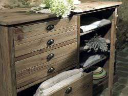 Guarnieri Valeriana chest of drawers in old wood is a product on offer at the best price